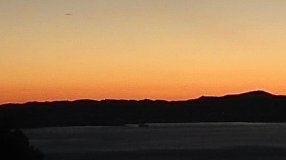 Le lac depuis la maison, au coucher du soleil
